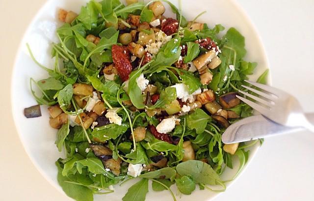 salade rucola aubergine