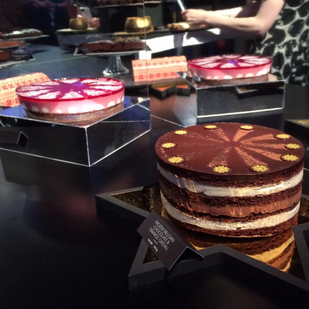 De taarten! Ik heb ZO veel taarten gezien, ongelofelijk. De een was nog lekkerder dan de ander. Ze zijn echt gek op zoet, die Engelsen
