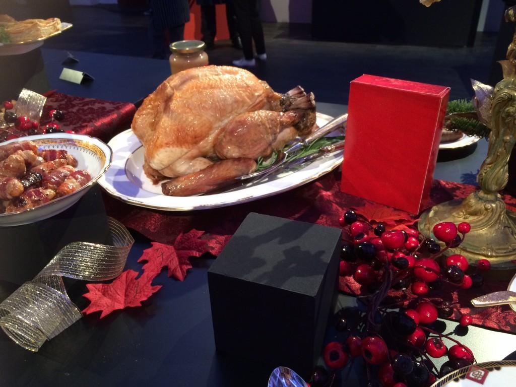 Vorig jaar aten we met kerst kalkoen. Ik vind het echt een familiegerecht: kalkoen in het midden van de tafel en dan mijn zijn allen er omheen
