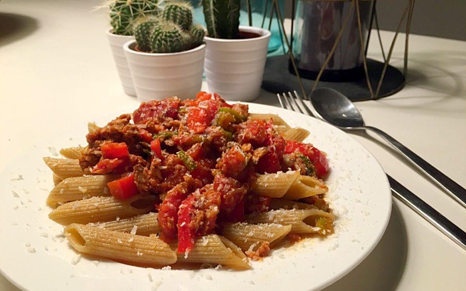 tonijn pasta tomaat